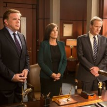The Newsroom: Marcia Gay Harden e Jeff Daniels in una scena dell'episodio Contempt