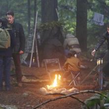 C'era una volta: Lana Parrilla, Jared Gilmore, Sean Maguire e Michael Socha in Fall