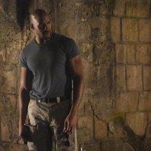 Agents of S.H.I.E.L.D.: l'attore B.J. Britt in una scena dell'episodio Ye Who Enter Here