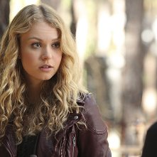 The Vampire Diaries: Penelope Mitchell in una scena dell'episodio I Alone