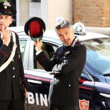 Ma tu di che segno 6?: Vincenzo Salemme con Angelo Pintus in una scena del film