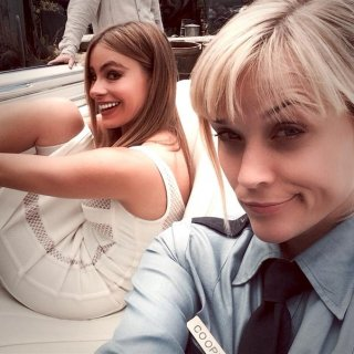 Don't Mess with Texas: un selfie sul set per Reese Witherspoon e Sofia Vergara