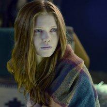 Constantine: l'attrice Megan West nella puntata intitolata Blessed Are The Damned