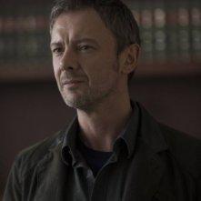 Intruders: John Simm in una scena della serie BBC America