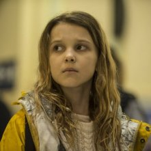 Intruders: Millie Bobby Brown in una scena