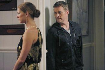 Revenge: Emily VanCamp e James Tupper nella puntata Atonement