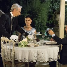Il ricco, il povero e il maggiordomo: Giovanni, Giacomo con Sara D'Amario in una scena della commedia