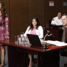 Jane the Virgin: Yara Martinez, Gina Rodriguez e Kevin Ashworth in Chapter Eight