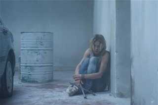 Antonia Liskova in una scena del film thriller 'In the Box'