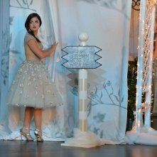 Pretty Little Liars: Lucy Hale interpreta Aria in How the 'A' Stole Christmas
