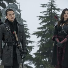 Arrow: Karl Yune e Katrina Law in The Climb