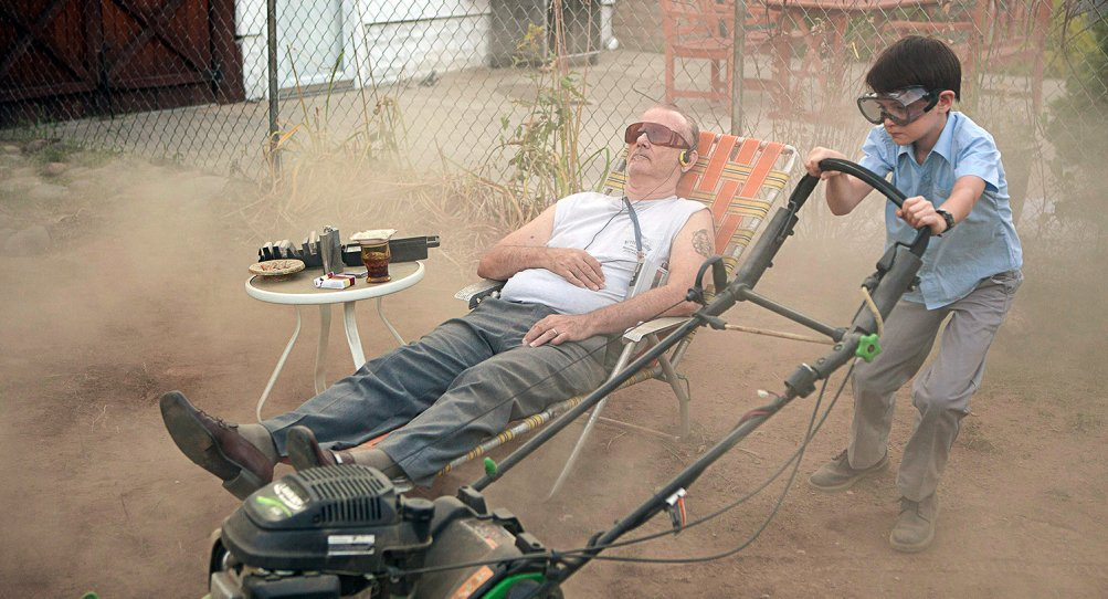 St. Vincent: Bill Murray con Jaeden Lieberher in una scena