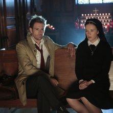 Constantine: Matt Ryan e Claire van der Boom nella puntata intitolata The Saint of Last Resorts (1)