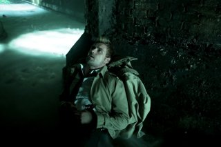 Constantine: l'attore Matt Ryan interpreta John Constantine in The Saint of Last Resorts (1)