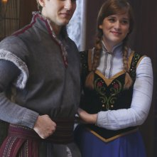 C'era una volta: Scott Michael Foster ed Elizabeth Lail in Heroes and Villains