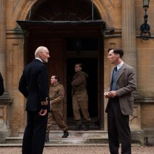 The Imitation Game: Benedict Cumberbatch insieme a Charles Dance in una scena del film