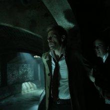 Constantine: Matt Ryan e Claire van der Boom in The Saint of Last Resorts (2)