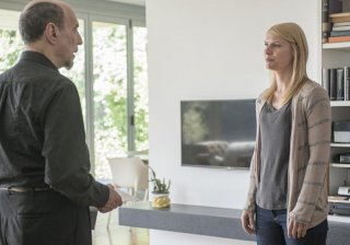 Homeland: F. Murray Abraham e Claire Danes in Long Time Coming