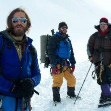 Everest: Jake Gyllenhaal e Jason Clarke in tenuta alpinistica in mezzo alla neve