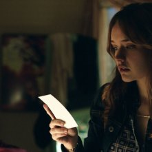 Ouija: Olivia Cooke in una scena del film horror