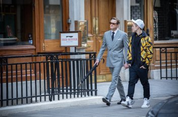 Kingsman: Secret service:  Colin Firth e Taron Egerton in una scena