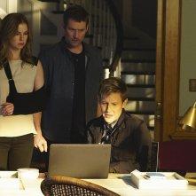 Revenge: Emily VanCamp, James Tupper e Gabriel Mann in Epitaph
