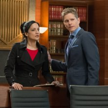 The Good Wife: Archie Panjabi e Matt Czuchry in Hail Mary