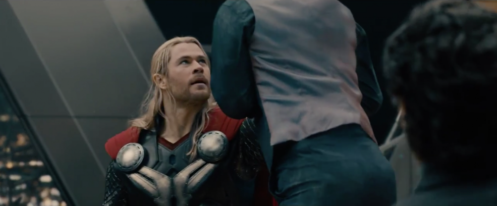 Avengers: Age of Ultron - Thor contro Tony Stark dal full trailer del film
