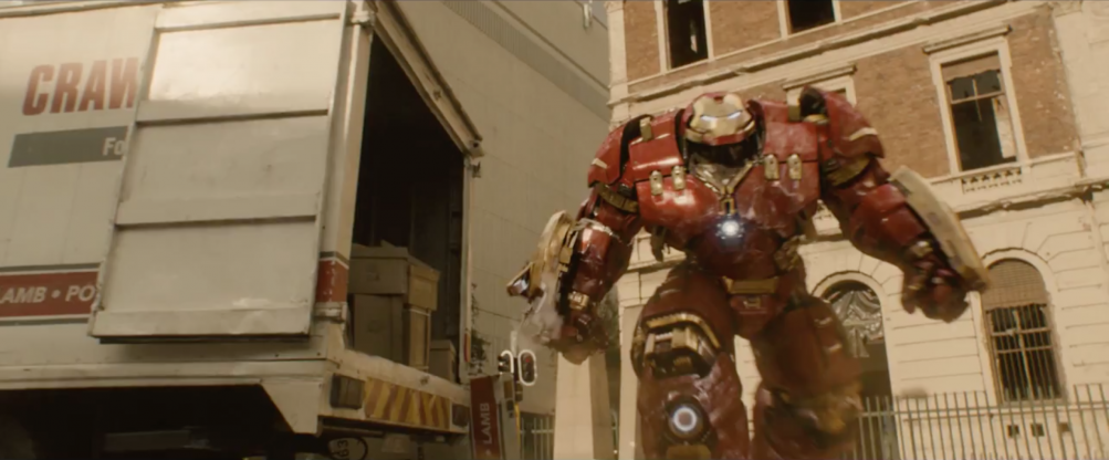Avengers: Age of Ultron - la Hulkbuster dal full trailer del film