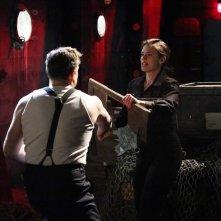 Agent Carter: Patrick Robert Smith e Hayley Atwell in Time and Tide