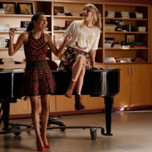 Glee le attrici Naya Rivera e Heather Morris in Jagged Little Tapestry