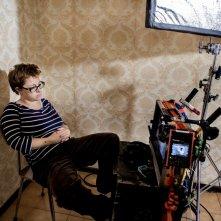 Vergine giurata: la regista del film Laura Bispuri sul set del film