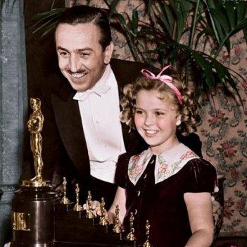 Shirley Temple premiata con l'Oscar