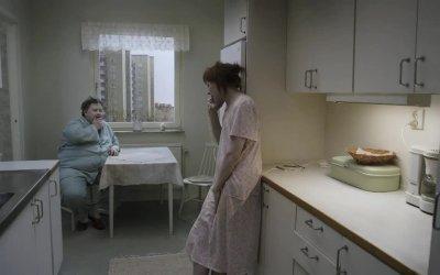 Trailer italiano - Un piccione seduto su un ramo riflette sull'esistenza