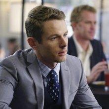 Revenge: l'attore Sebastian Piggot nell'episodio intitolato Kindred