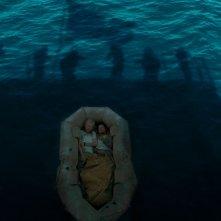 Unbroken: Jack O'Connell e Domhnall Gleeson in una suggestiva immagine tratta dal film