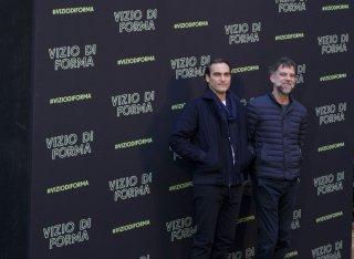 Vizio di forma: Paul Thomas Anderson con Joaquin Phoenix al photocall romano