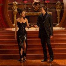 Jupiter - Il Destino dell'Universo: Mila Kunis in coppia con Douglas Booth in una scena