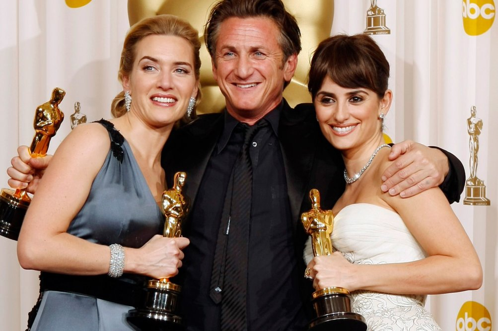 Oscar 2009: Kate Winslet, Sean Penn e Penelope Cruz festeggiano le loro statuette