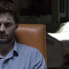 The 9th Life Of Louis Drax: Jamie Dornan con gli elettrodi in testa