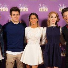Violetta: Martina Stoessel, Ruggero Pasquarelli, Mercedes Lambre, Diego Dominguez e Jorge Blanco al photocall milanese