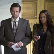 The Flash: Roger Haworth e Candice Patton nell'episodio intitolato The Sound and the Fury