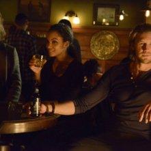 Sleepy Hollow: Tom Mison, Lyndie Greenwood e Matt Barr nell'episodio Kali Yuga
