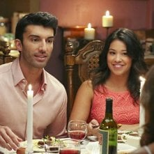 Jane the Virgin: Justin Baldoni e Gina Rodriguez in Chapter 11