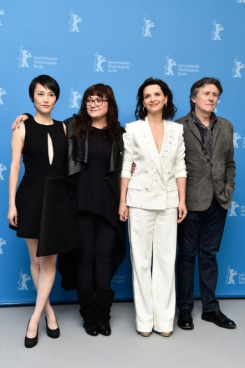 Nobody Wants the Night: Rinko KiKuchi, Juliette Binoche, Gabriel Byrne e la regista Isabel Coixet a Berlino