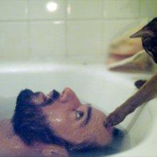 Nasty Baby: Sebastian Silva in una buffa scena del film