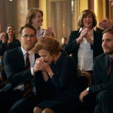 Woman in Gold: Ryan Reynolds, Helen Mirren e Daniel Brühl in una scena