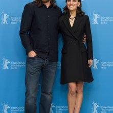 Knight of Cups: Christian Bale e Natalie Portman posano per i fotografi alla Berlinale 2015
