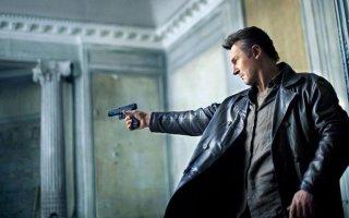 Taken 3 - L'ora della verità: Liam Neeson in una scena d'azione del film