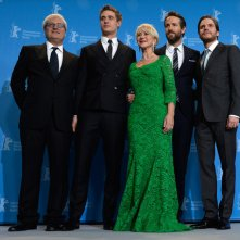 Woman in Gold: Helen Mirren con Ryan Reynolds, Max Irons, Daniel Bruhl e il regista Simon Curtis